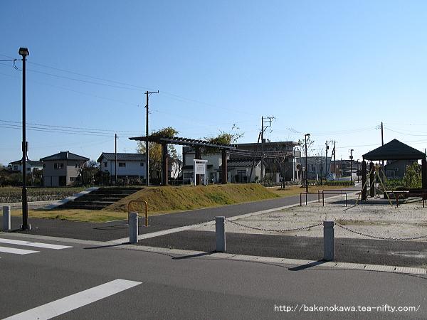 Ajikatachugakumae1011107