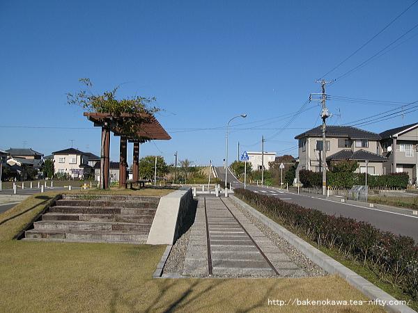 Ajikatachugakumae1041107