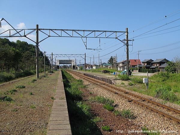 越後早川駅の上りホームその一