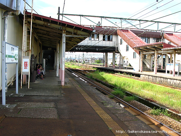 宮内駅の1番ホームその5