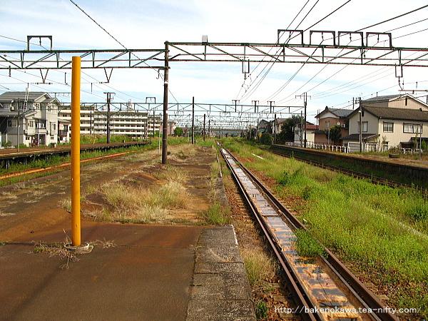 宮内駅の島式ホーム(2-3番線)その5
