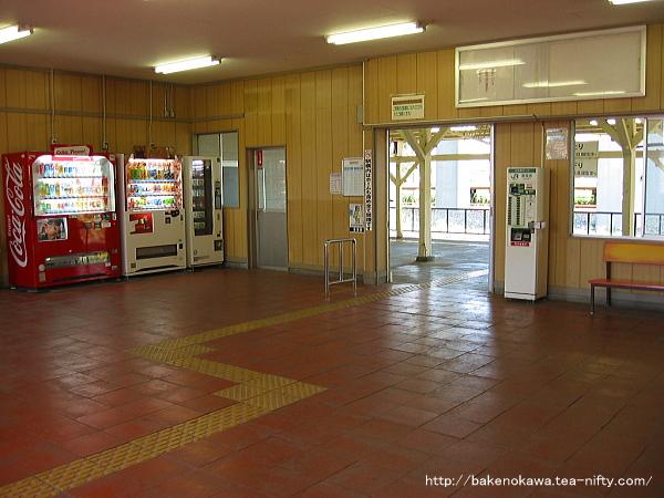 北長岡駅の旧駅舎内部その1