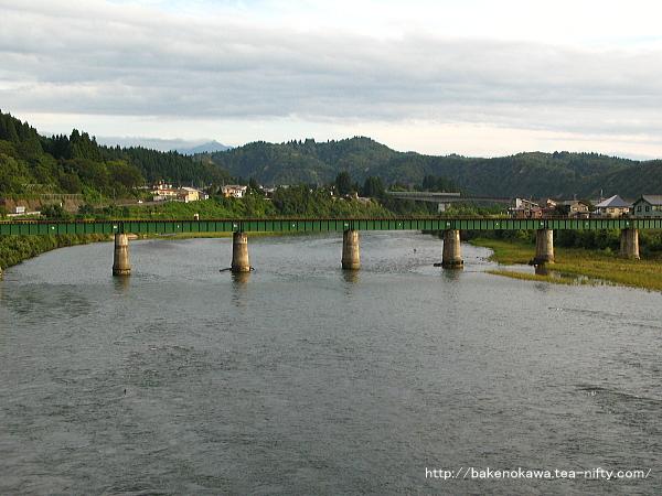 飯山線の魚野川鉄橋