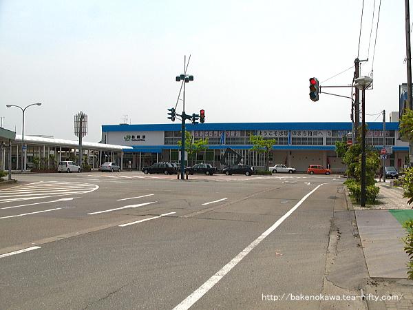 リニューアル後の柏崎駅駅舎その1