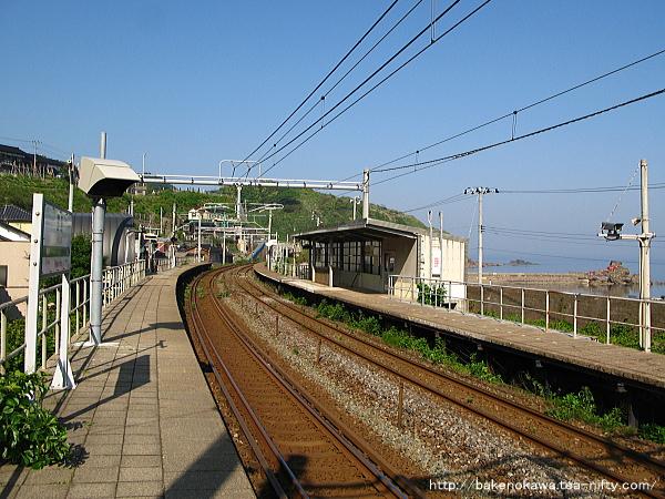笠島駅の上りホームその1