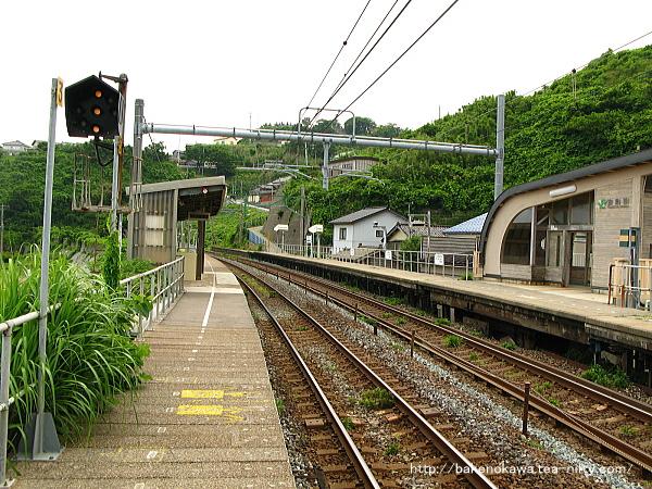 笠島駅の下りホームその4