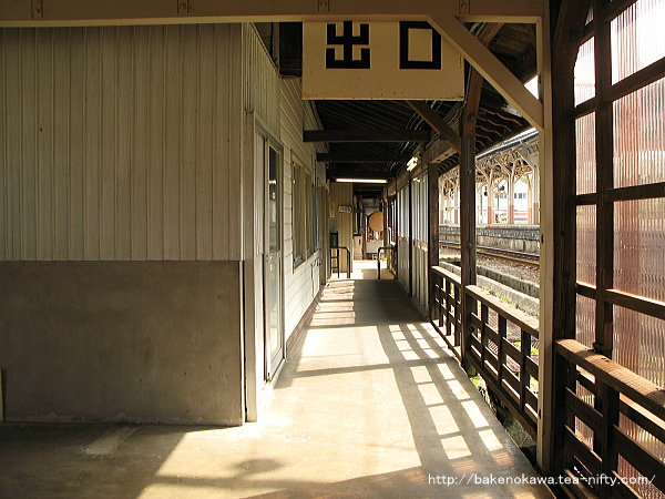 二本木駅駅舎内部その7