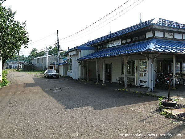 二本木駅駅舎その3