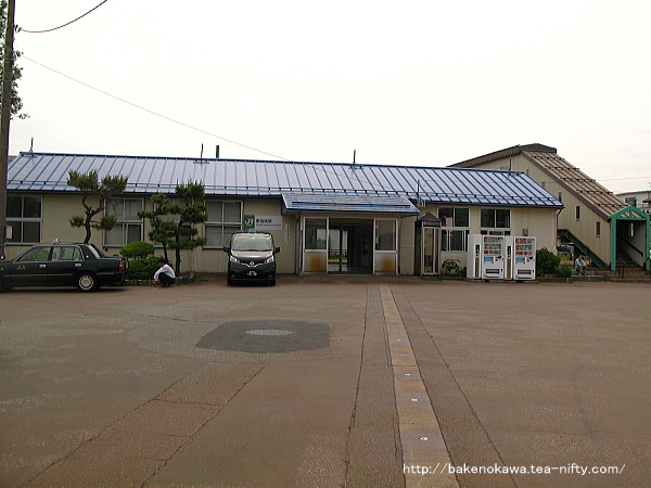 東柏崎駅駅舎