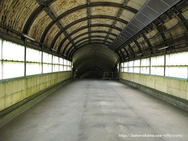 土合駅地下ホームへの通路その2