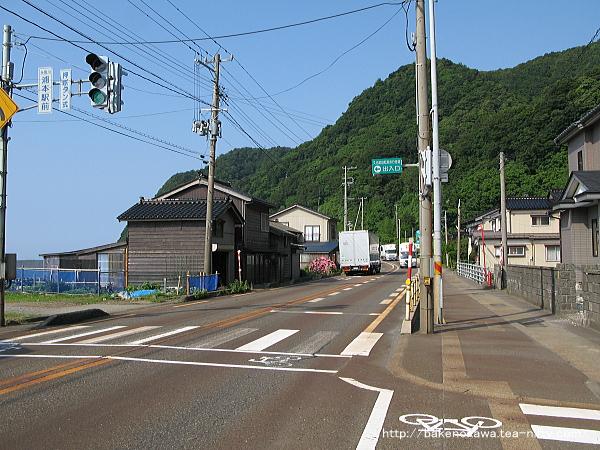浦本駅前の国道8号線