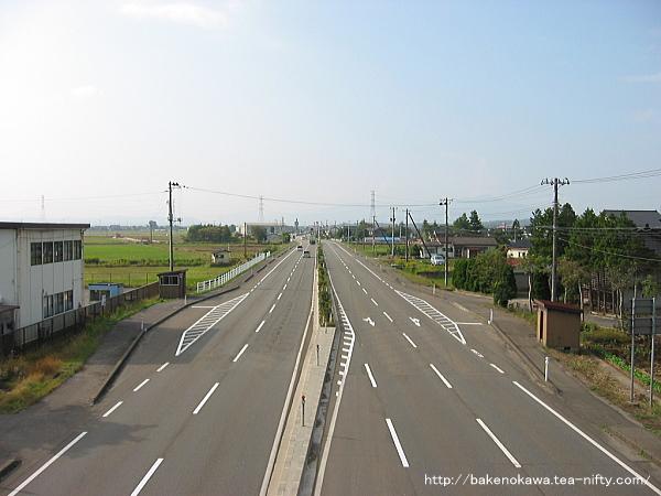 刈羽駅付近の国道116号線その1