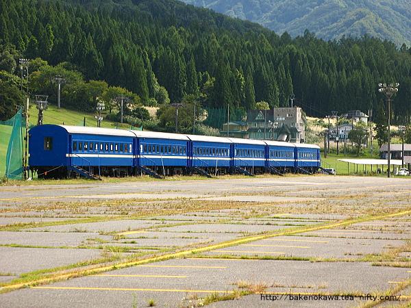 中里スキー場の旧型客車その1