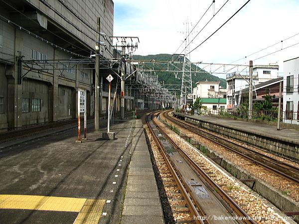 越後湯沢駅の島式ホームその5