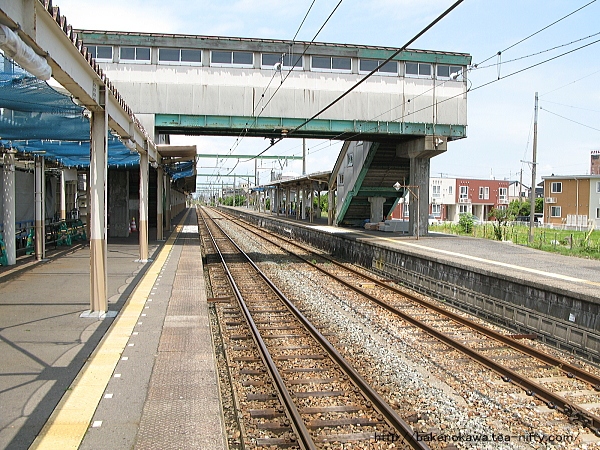 巻駅の1番ホームその3