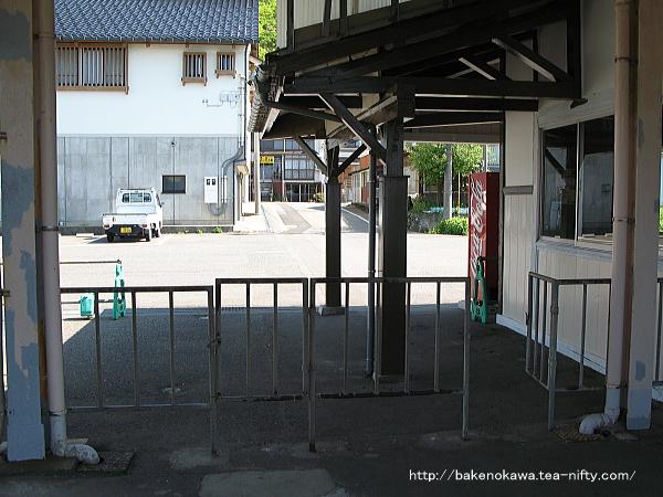 谷浜駅駅舎内部その3