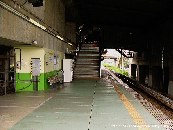 Tsubamesanjo0100512