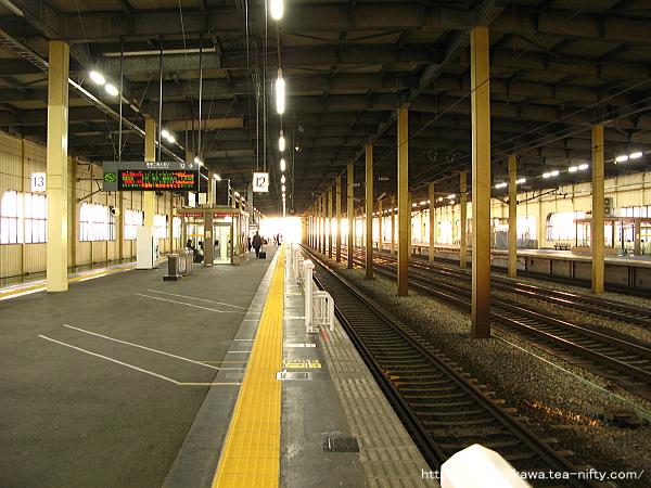 燕三条駅の新幹線構内その3