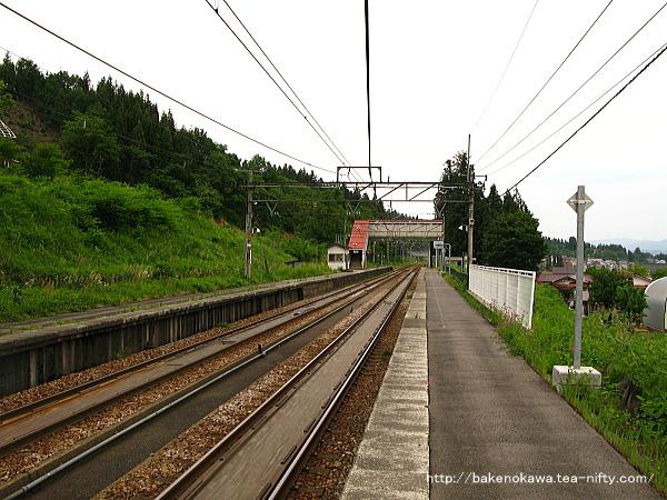 大沢駅の上りホームその1