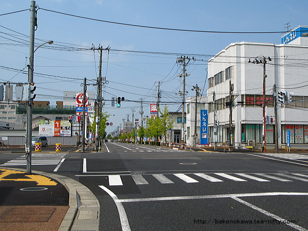 亀田駅西口の駅前通り