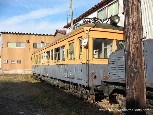 蒲原鉄道モハ31を斜めから見る