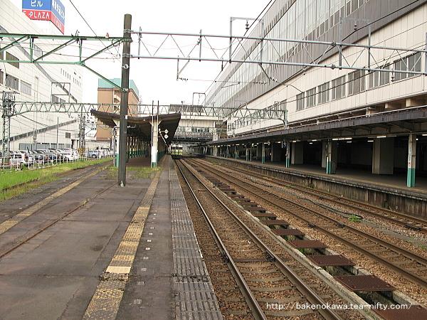 長岡駅の島式ホーム(4-5番線)その5