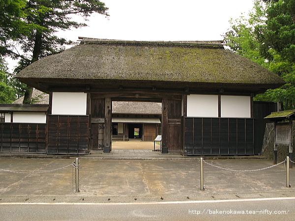 長谷川邸の正門