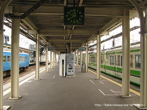 直江津駅の3-4番島式ホームその3