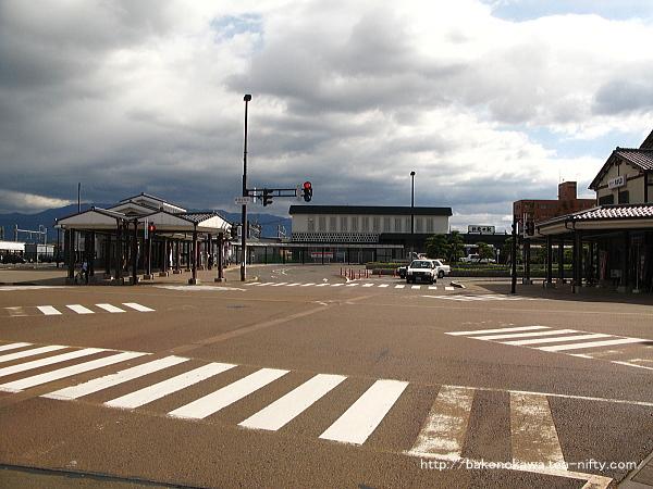 平成26年11月にリニューアルが完成した新発田駅駅舎