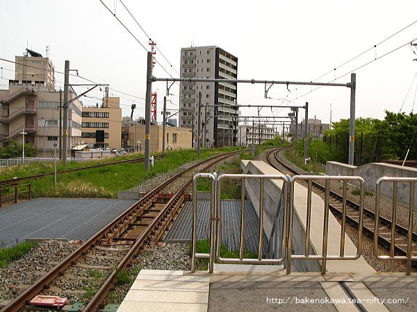 3-4番島式ホーム端から新潟駅方を見る