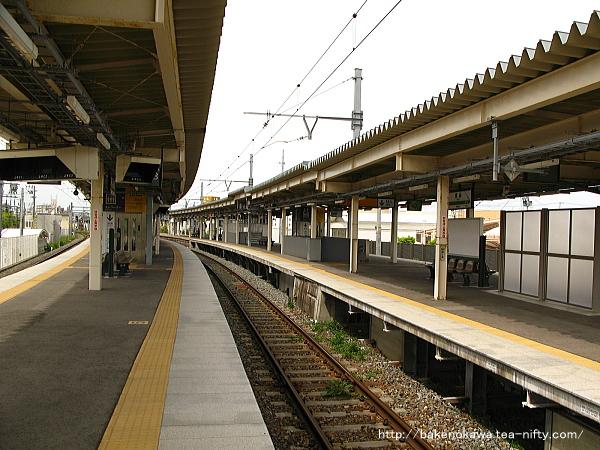 白山駅の3-4番島式ホームその3