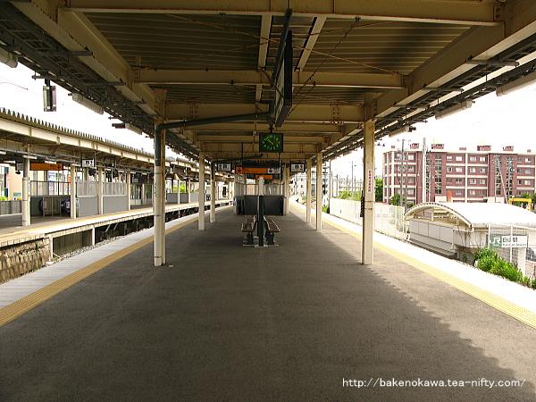 白山駅の3-4番島式ホームその4