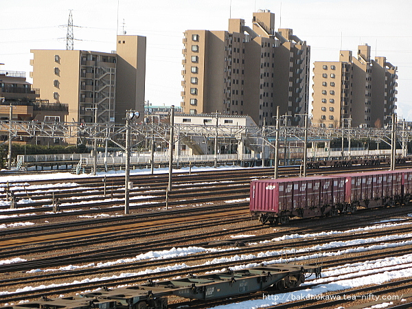 陸橋から見た東新潟駅