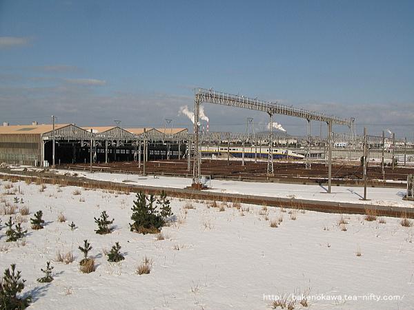 新潟貨物ステーションの北隣には、JR東日本所属の新潟新幹線車両センター