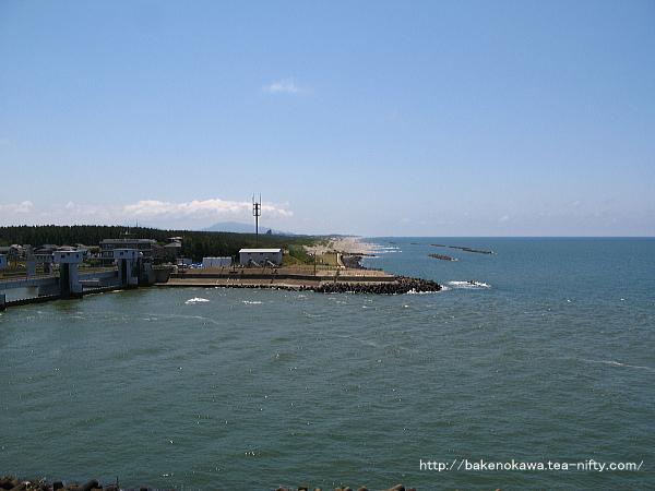 関屋分水の日本海口