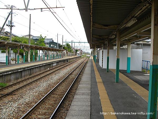 小針駅の1番線その4