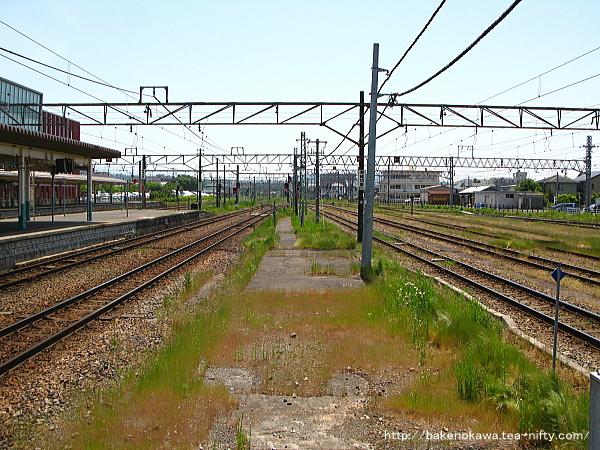 新津駅の4-5番島式ホームその6
