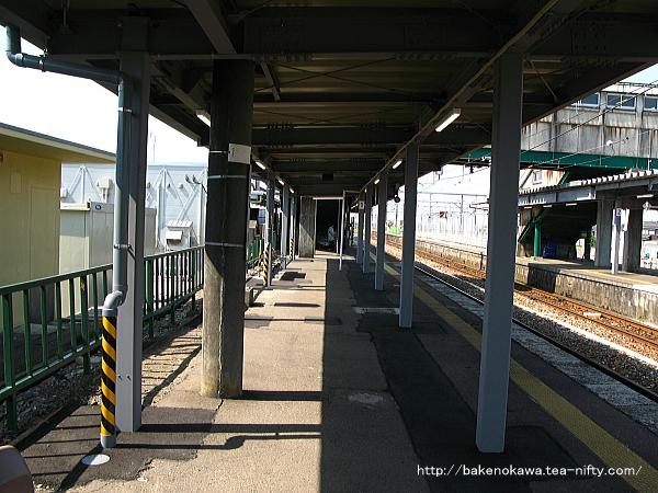 改築工事中の中条駅1番線その四
