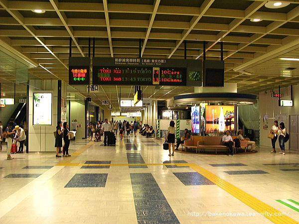 新潟駅の新幹線構内