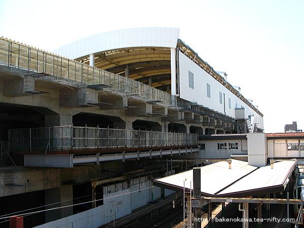 工事中の高架線