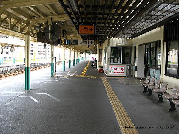 東三条駅1番ホームその1