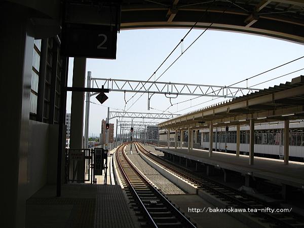 新潟駅在来線高架2番ホームの様子その4