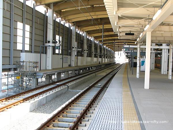 新潟駅在来線高架3-4番島式ホームの様子その1