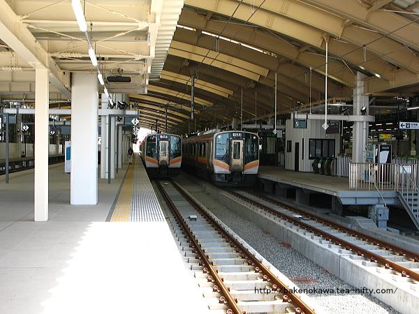 新潟駅在来線高架3-4番島式ホームの様子その2