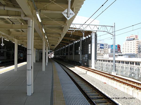 新潟駅在来線高架3-4番島式ホームの様子その5