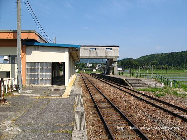 越後下関駅の1番ホームその2