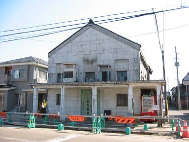 宮内駅東口駅前通りその3