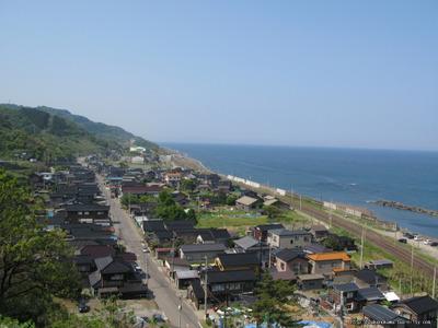 山の上から見た米山駅その2