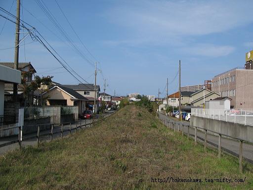 東関屋駅跡その九