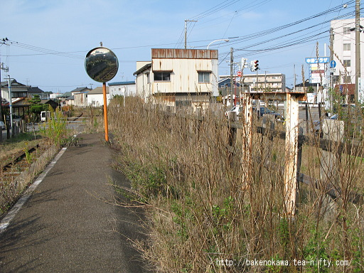平島駅の廃ホームその4